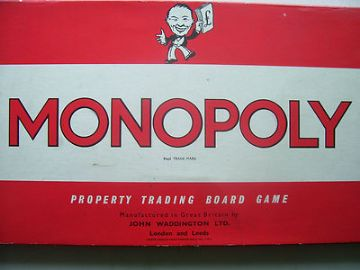 Monopoly / Cluedo / Colditz / Dads Army plus more game spares/ instructions